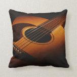 guitarra almohada