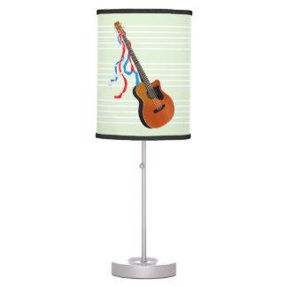 Guitarra baja acústica, cintas blancas y azules lámpara de escritorio