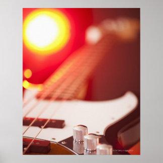 Guitarra baja póster