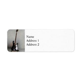 Guitarra blanco y negro etiquetas de remite