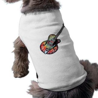 Guitarra del teñido anudado playera sin mangas para perro