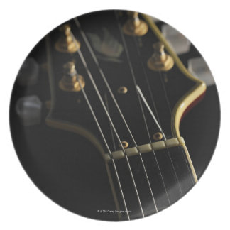 Guitarra eléctrica 8 plato de cena