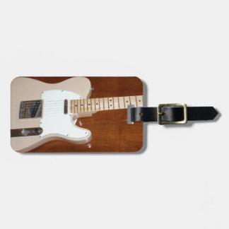 Guitarra eléctrica etiquetas maletas