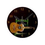 Guitarra española con Giralda de Sevilla y silla. Reloj Redondo Mediano