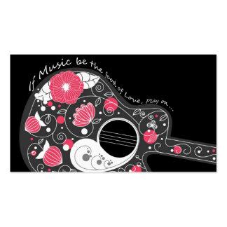 Guitarra femenina de moda linda fresca impresionan tarjeta de visita