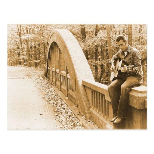 Guitarra Pickin en la postal del puente