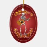 Guitarra popular que juega el ornamento adorno de reyes