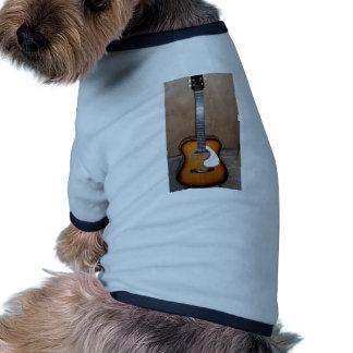 guitarra camisa de perro