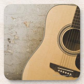 Guitarra y ladrillos posavaso