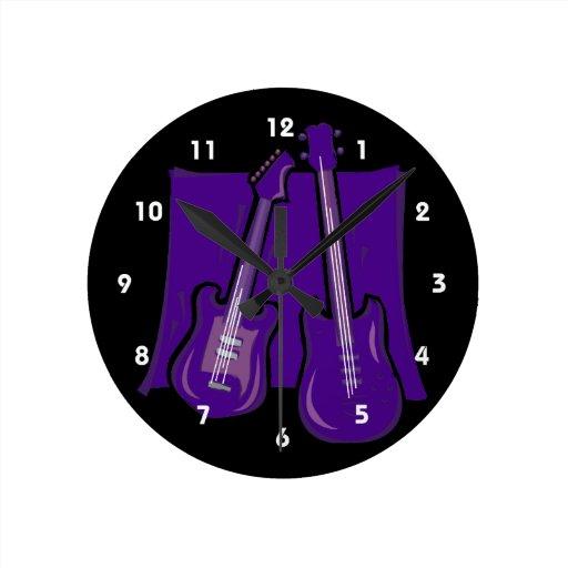 guitarra y purple.png estilizado bajo reloj redondo mediano