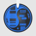 Guitarra y Yin bajo Yang azul y negro