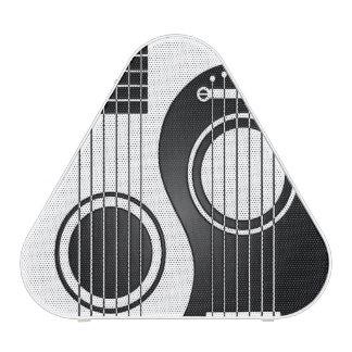 Guitarras acústicas blancas y negras Yin Yang Altavoz Bluetooth