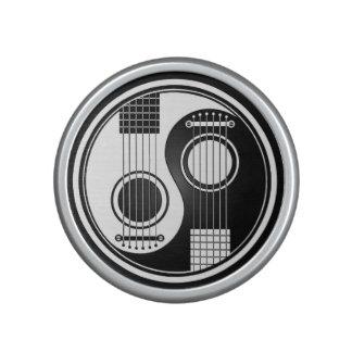Guitarras acústicas blancas y negras Yin Yang Altavoz Con Bluetooth