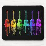 Guitarras acústicas del arco iris tapete de ratones