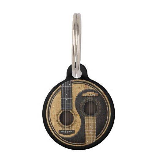Guitarras acústicas viejas y gastadas Yin Yang Placas De Mascota