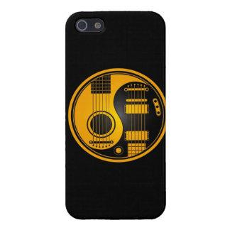Guitarras eléctricas acústicas amarillas y negras  iPhone 5 coberturas
