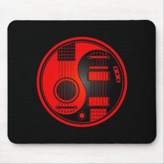Guitarras eléctricas acústicas rojas y negras Yin  Tapete De Raton