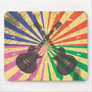 Guitarras retras del Grunge en fondo del starburst Alfombrillas De Ratones