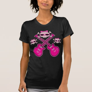 Guitarras y cráneos rosados enrrollados camisetas