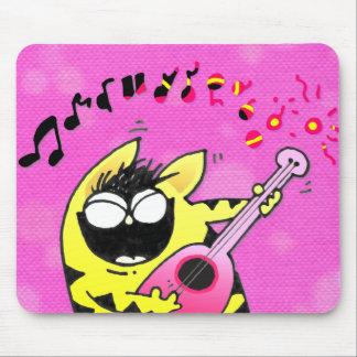 Guitarrista loco del gato alfombrilla de ratones