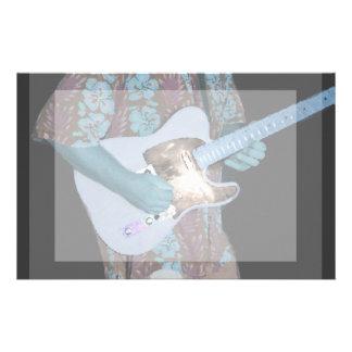 guitarrista que pinta al músico abstracto aseado a papeleria personalizada