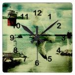 gull flight clock