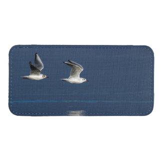 Gulls flying iPhone 5 pouch