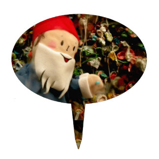 Gum Wall Gnome III Cake Topper