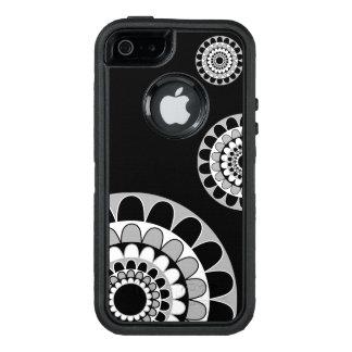 Gumdrop Medallion Design OtterBox iPhone 5/5s/SE Case