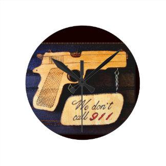 Gun Round Wall Clock