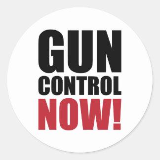 Gun control now classic round sticker