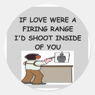 gun lover round sticker
