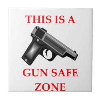 GUN TILE