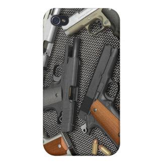 GUNS! iPhone 4/4S COVER