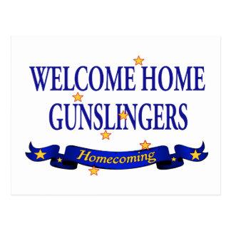 Gunslingers caseros agradables postal