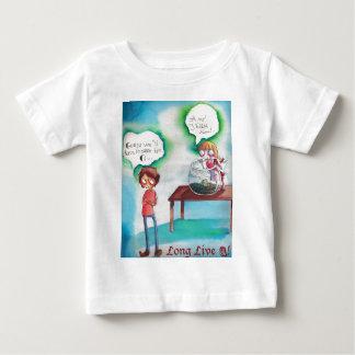 Guppy Butter - Long Live Q Baby T-Shirt