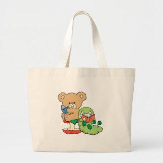 Gusano de libro y oso lindos de la lectura bolsa tela grande