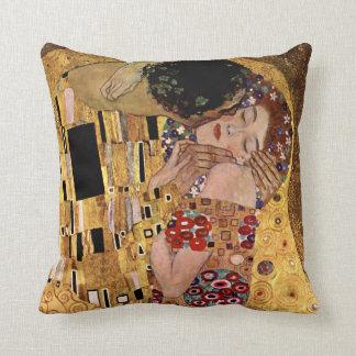 Gustav Klimt: The Kiss (Detail) Throw Pillow