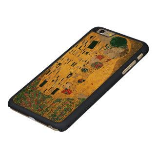 Gustav Klimt The Kiss (Lovers) GalleryHD Carved® Maple iPhone 6 Plus Case
