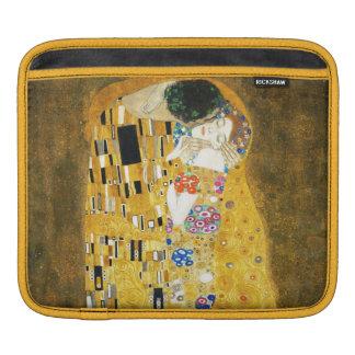 Gustav Klimt The Kiss Vintage Art Nouveau Painting iPad Sleeves
