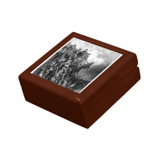 Gustave Dore:Army of Priest Volkmar & Count Emocio Trinket Box