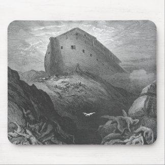 Gustave Doré - una paloma se envía adelante de la  Alfombrillas De Raton