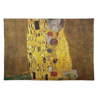 Gustavo Klimt el beso Mantel
