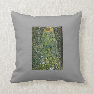 Gustavo Klimt- el girasol Almohadas