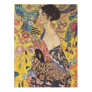 Gustavo Klimt - mujer con la fan Tarjeta Postal