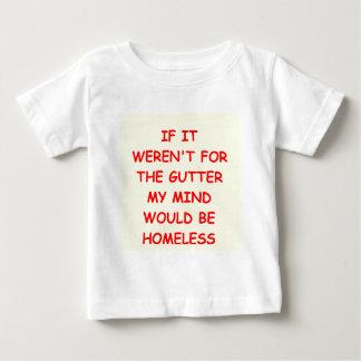 GUTTER.png Remera
