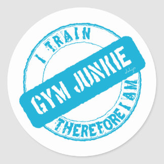 GYM JUNKIE. I TRAIN THEREFORE I AM. light blue Classic Round Sticker