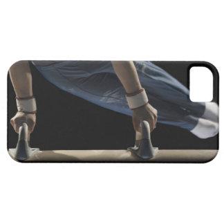 Gymnast swinging on pommel horse iPhone SE/5/5s case