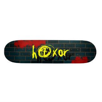 h4x0r graffitti skateboard deck