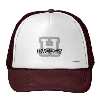 H está para Hadley Gorra
